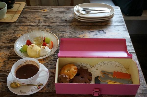 大阪 貸し切りカフェ ホテルペンネンネネム ホットチョコレート工場