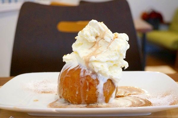 西梅田 リンゴカフェ エリカフェ 丸ごと焼きりんご