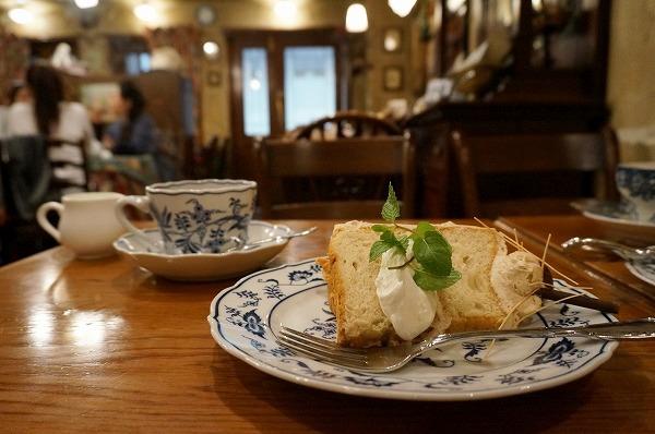 天満 英国カフェ 西洋茶館 シフォンケーキ