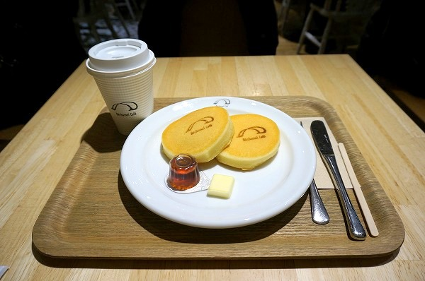 梅田 パンケーキ ベシャメルカフェ