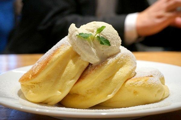 幸せのパンケーキ南船場店 スフレパンケーキ