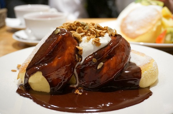 幸せのパンケーキ南船場店 スフレパンケーキ(チョコレート)