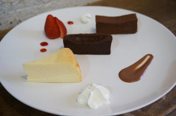 チョコレート研究所 ガトーショコラ&チーズケーキセット