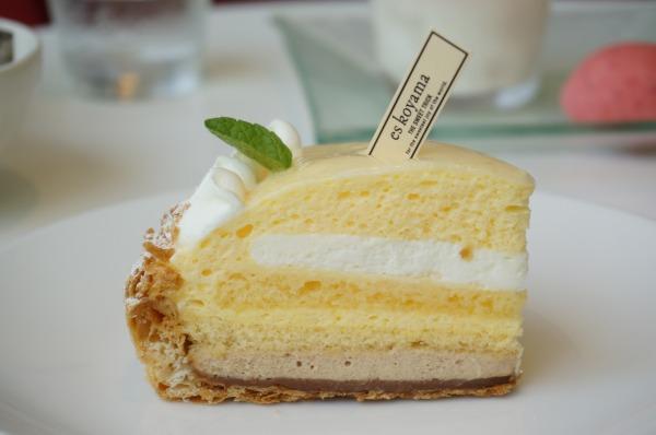 エスコヤマ ハナレ レモンケーキ