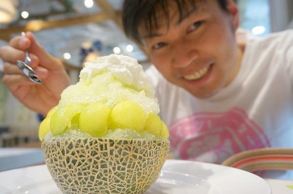 ブラザーズカフェ まるごとメロンのかき氷