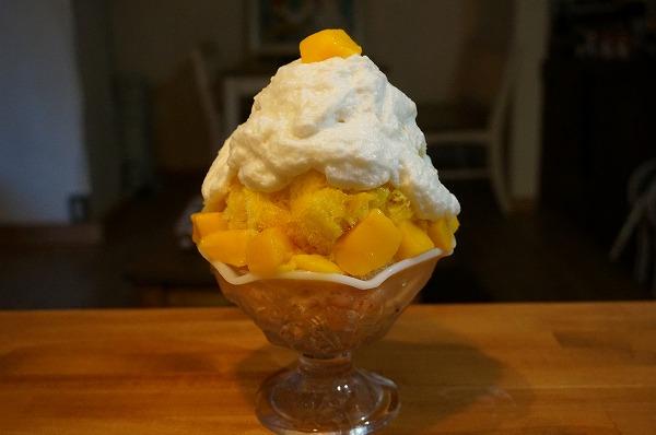 かき氷研究所 有機ココナッツミルクエスプーマかき氷