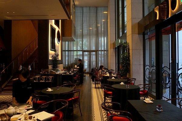 セントレジスホテル大阪 黒いデザートブッフェ