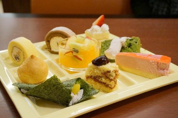 新阪急ホテル オリンピア ランチ&デザートビュッフェ